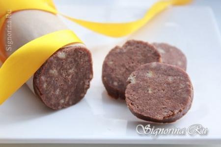 Домашняя шоколадная колбаса из печенья: рецепт с фото