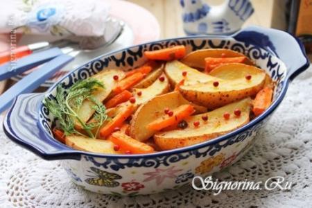 Картофель, запеченный в духовке с морковью и специями: рецепт с фото