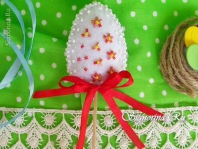 Пасхальное яйцо из фетра на шпажке: детская поделка на Пасху