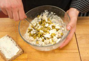 как сделать бутерброды с яйцом
